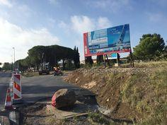 """Bauarbeiten in Cap d'Agde Das Tourist-Office wird abgerissen, die Bauarbeiten für eine neue Zufahrtstraße begannen Anfang September und wurden seit dem 3.10.2016 frei gegeben. Es soll ein neues """"Herz"""" von Cap d'Agde entstehen. Dies betrifft nicht das Quartier Naturiste/FKK-Gelände sondern Cap d'Agde bevor ihr zum Naturiste Gelände fahrt, auf dem Areal auf dem das runde …"""
