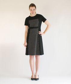 ThongaiTatong: Original handmade clothes from the Netherlands Mod Dress, Retro Dress, Dress Vintage, 60s Inspired Fashion, Short Sleeves, Short Sleeve Dresses, Vintage Inspired Dresses, Handmade Clothes, Netherlands