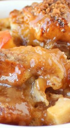 This fall inspired Caramel Apple Bread Pudding recipe, prepared with Hawaiian rolls & caramel sauce, is easy to make & delicious for breakfast or dessert! Apple Recipes, Sweet Recipes, Baking Recipes, Bread Recipes, Holiday Recipes, Delicious Desserts, Just Desserts, Yummy Food, Bread Pudding With Apples