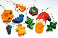 weihnachtsbaumschmuck basteln kindern salzteig figuren bunt sterne zuckerstangen schneeflocken. Black Bedroom Furniture Sets. Home Design Ideas