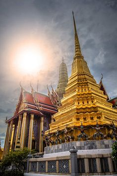 Wat Phra Kaew is regarded as the most sacred Buddhist temple in Thailand. Bangkok, Thailand.