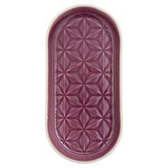 Wow, die pflaumenfarbige Keramikplatte von GreenGate ist wirklich ein gelungenes Geschirrstück. Die ovale Form, das dekorative Muster, die wunderschöne Farbe: Ob als origineller Teller, raffiniertes Tablett oder Servierplatte...