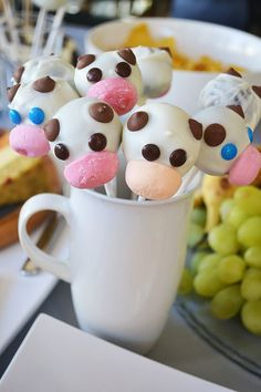 Pin for Later: A Truly Moooving Baby Shower Cute Cake Pops Shower Party, Baby Shower Parties, Baby Shower Themes, Baby Shower Decorations, Shower Ideas, Cow Baby Showers, Baby Shower Cakes, Baby Boy Shower, Cowboy Baby Shower