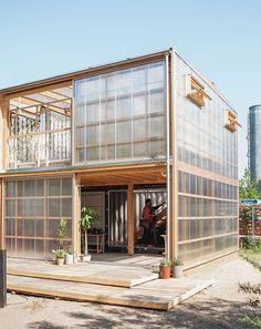Concept Models Architecture, Timber Architecture, Architecture Design, Farm Plans, Home Greenhouse, Farm Stay, Small Buildings, Garden Studio, Urban Farming