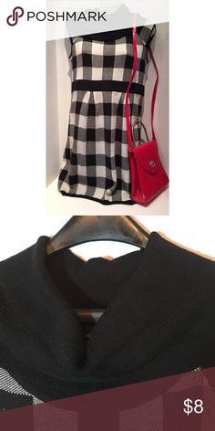 Glimmer med. checkered dress. Dress only. Cap sleeves , cow neck , sz med. 98%acrylic 2% nylon. Glimmer Dresses