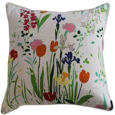 Guermantes Pillow, White
