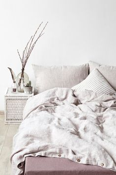A luxurious, naturally breathable linen is timeless to work in any bedroom. Beautiful linen duvet covers provide year-round comfort, elegance,