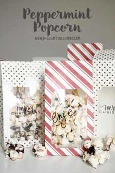 Peppermint Popcorn - Family Favorite Recipe!  This is such a fun gift idea!