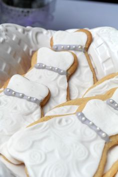 Wedding dress cookies at a Rustic Bridal Shower #rustic #bridalshower