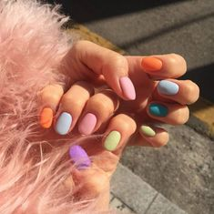 The best new nail polish colors and trends plus gel manicures, ombre nails, and nail art ideas to try. Get tips on how to give yourself a manicure and. Trendy Nails, Cute Nails, Spring Nails, Summer Nails, Spring Nail Trends, Summer Trends, Best Summer Nail Color, Summer Colors, Stars Nails