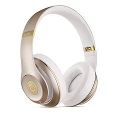 Con los auriculares inalámbricos tipo casco Studio Wireless de Beats by Dr. Dre…