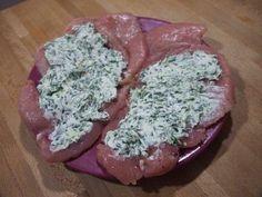 Pollo relleno de queso crema y espinacas