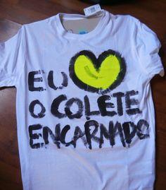 alexa.pintura.design.cor: Tshirts Colete Encarnado