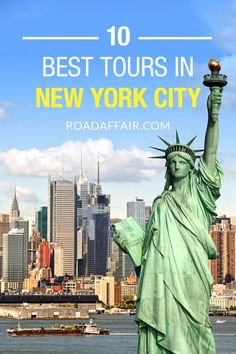 Discover the best tours in New York City. Don't miss out and find the best things to do in New York City in our comprehensive travel guide. Usa Travel Guide, Travel Usa, Travel Tips, Travel Guides, Travel Destinations, Mexico Destinations, Usa Roadtrip, Travel Info, New York City Tours