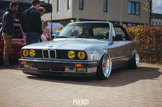 #BMW_E30 #Vert #Bagged #Slammed #Stance