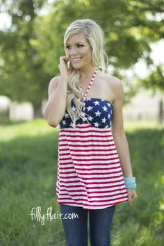 Summer in American Tank | We love stars and stripes outfits! They are the perfect way to show your American spirit in a 4th of July Outfit for women!