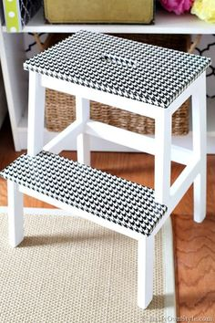21 of the best hacks of the IKEA Bekvam stool. The stepping stool is a classic cheap handy piece of IKEA furniture that is ripe for a makeover. Trendy Home Decor, Home Decor Hacks, Easy Home Decor, Cheap Home Decor, Ikea Hack Storage, Ikea Hacks, Ikea Bekvam, Bekvam Stool, Duck Tape Crafts