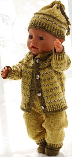 Poppenkleding patronen - Deze outfit is geweldig met een groene sjaal