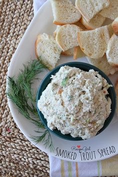 Recipe for Smoked Trout Spread- perfect, quick and easy appetizer recipe that is perfect for serving with crackers or baguette slices. Trout Recipes, Seafood Recipes, Cooking Recipes, Quick And Easy Appetizers, Easy Appetizer Recipes, Smoked Trout Dip, Catering, Food Porn, Foodblogger