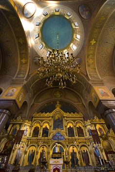 The interior of Uspenski Cathedral in Helsinki,. Architecture Artists, Sacred Architecture, Visit Helsinki, Baltic Cruise, Finland Travel, Church Pictures, World Travel Guide, Baltic Sea, Place Of Worship