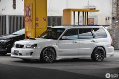 Subaru Forester STi in Mainz, Germany Spotted on by JJH Subaru Forester Lifted, Lifted Subaru, Subaru Cars, Beer Images, Japanese Domestic Market, Tuner Cars, Car Tuning, Japanese Cars, Impreza