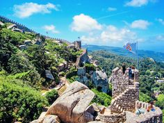 8 Reasons Why You Have To Visit Sintra In Portugal! - Hand Luggage Only - Travel, Food Sintra Portugal, Spain And Portugal, Portugal Travel, Portugal Trip, Algarve, Cool Places To Visit, Places To Go, European Vacation, Group Travel