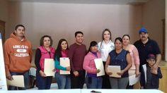 ENTREGA ALCALDESA DE CASAS GRANDES TITULOS DE PROPIEDAD