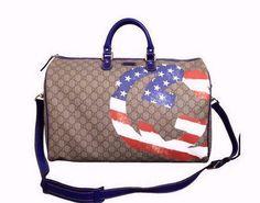 Gucci Unisex Beige Ebony GG Plus Large Limited Edition Boston Duffel Travel Bag 308264 9766 Best Carry On Luggage, Travel Luggage, Travel Bags, Luggage Sets, Gucci Handbags, Tote Handbags, Gucci Bags, Luggage Reviews