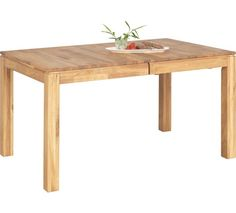 Výsuvný jídelní stůl z masivu dubu: srdce Vaší jídelny