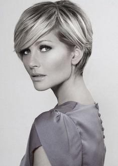 53 ideas for hair 2018 trends women Short Hair Cuts For Women, Short Hair Styles, Long Pixie Cuts, Short Pixie, Short Cuts, Corte Y Color, Hair 2018, Pixie Haircut, Twiggy Haircut