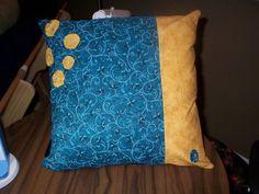Pillow with Yo-yos