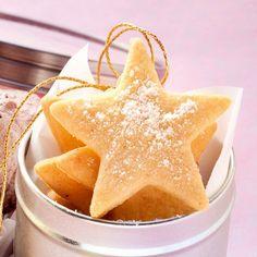 Kindheitserinnerungen: Butterplätzchen sind ein absolutes Muss in der Adventszeit. Mit zartem Butter- und Vanillearoma erinnern sie ein bisschen an Om...