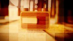 Ondu, novas câmeras de madeira que são sucesso   Já pensou em tirar fotos sem usar máquinas digitais, com vários megapixels? Pois bem, antigamente era assim. E agora, a Ondu, estúdio de design e fabricação esloveno do carpinteiro Elvis Halilović, lançou uma linha de câmeras de madeira que utiliza o mesmo recurso de fotografias das máquinas de filme, as câmeras pinhole. http://curiosocia.blogspot.com.br/2013/06/ondu-novas-cameras-de-madeira-que-sao.html