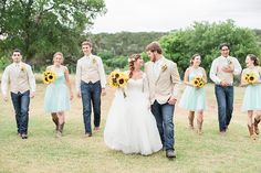 A sunflower spring wedding at CW Hill Country Ranch in Boerne Texas by Allison Jeffers Wedding Photography 0038