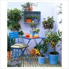 Creative 128 Garden On Small Balcony - garden landscaping Porch And Balcony, Small Balcony Decor, Balcony Plants, Balcony Design, Small Patio, Balcony Ideas, Tiny Balcony, Balcony Flowers, Small Gardens