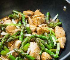 Sauté de poulet et d'asperges
