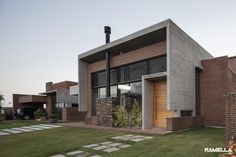 Galería de Casa Hoff / Ramella Arquitetura - 1
