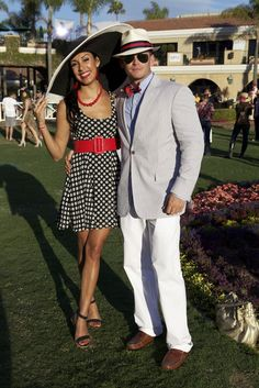 They Are Wearing: Del Mar Race Track - Street Style - Yacht wedding Horse Race Outfit, Races Outfit, Mens Kentucky Derby Outfits, Fashion Face, Fashion News, Del Mar Race Track, Race Day Fashion, Derby Day, Outfit Of The Day