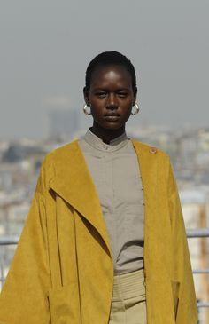 vechernyaya:Ajak Deng @ Christophe Lemarie Haute Couture Fall 2010