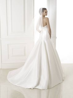 Balar esküvői ruha - Pronovias 2015 kollekció