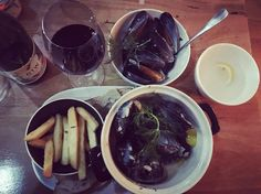 8 hours driving later... The dream! #foodporn #mussels #vino #victoria #greatoceanroad #australia #cabmerlot by melissaphelps