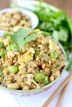 Gluten-free Thai Peanut Chicken Quinoa Bowls have the signature flavors of Chicken Pad Thai. Quick, easy, and delicious!  | iowagirleats.com