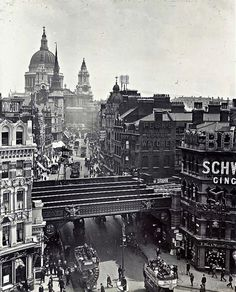 Ludgate Hill, c. 1920 Old London photos) Victorian London, Vintage London, Old London, 1920 London, Victorian Life, East London, London Pictures, London Photos, Old Pictures