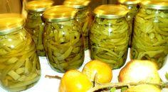 Φασολάκια στύπα. Τα ποντιακά τουρσιά             Το  Pontos-News.Gr σας προτείνει φασολάκια στύπα, ποντιακά τουρσιά. Η λέξη  στύπα προέρχ... Stipa, Greek Cooking, Greek Recipes, Different Recipes, Kitchen Hacks, Deli, Food Hacks, Pickles, Cooking Tips