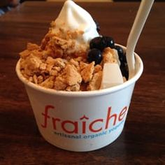 Photo of Fraîche - San Francisco, CA, United States. Small natural frozen yogurt with graham crackers, mochi (so gooddd), and fresh blueberries :D this makes me so happy