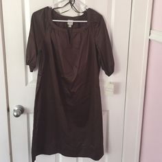 Super Cute Work Dress Chocolate brown, scoop neck shift dress. Can dress it up or down.  Never worn -still has tags  Merona Dresses Long Sleeve