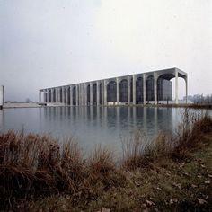 Niemeyer - Ed. Mondadori, Segrate, Itália