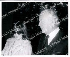 PB PHOTO aae-180 Eva Bartok Actress with Curd Jurgens | eBay