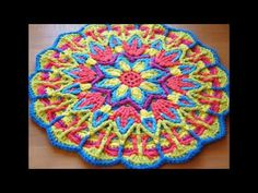 Mandala crochet patterns offer a wonderful opportunity to experiment with different stitch techniques and to explore color combinations. Come explore mandala crochet! Crochet Mandala Pattern, Crochet Circles, Crochet Motifs, Crochet Potholders, Crochet Round, Crochet Squares, Crochet Home, Crochet Crafts, Crochet Doilies