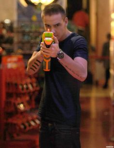 Liam Payne. Has anyone been shot with that specific nerf gun?! It actually kinda hurts.. I have 3 bro's with this exact gun!